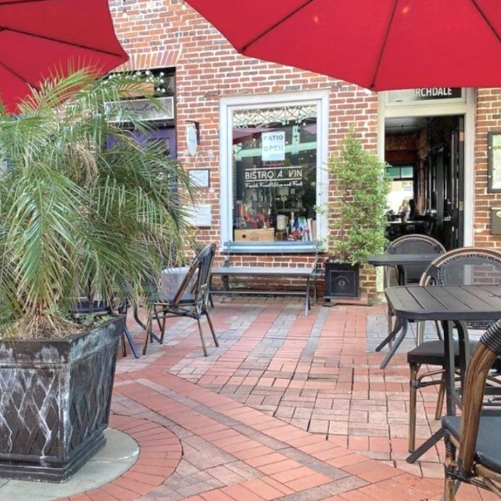 Bistro A Vin restaurant in Charleston
